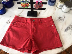 Articles shorts dark coral