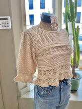 Load image into Gallery viewer, Knit sweater top