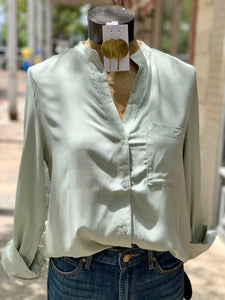 Front pocket top sage