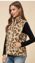 Load image into Gallery viewer, Leopard print vest