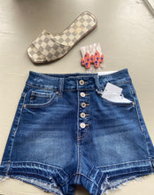 Load image into Gallery viewer, Dark denim shorts