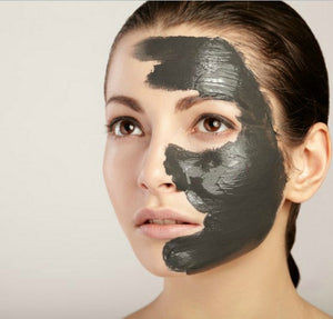 Detoxifying Face Pack (Activated Charcoal & Green Tea Powder with Kaolin Clay, Multani Mitti Clay & Bentonite Clay)