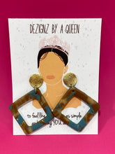 Load image into Gallery viewer, DEZIGNZ BY A QUEEN