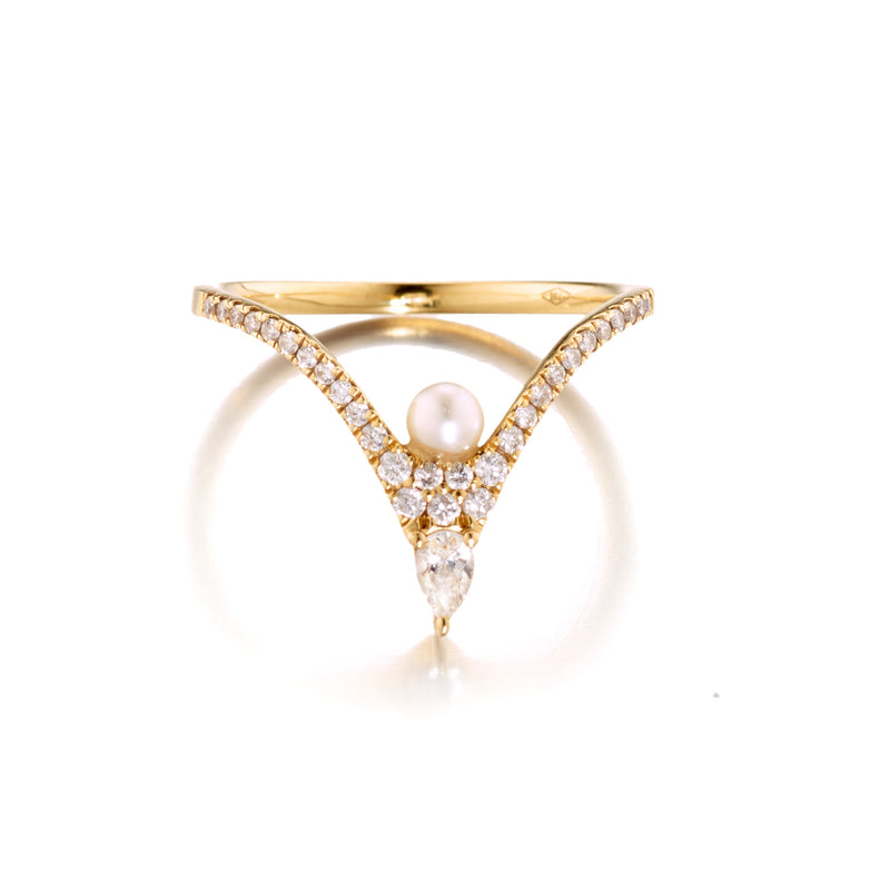 Diamond Pear-Shaped Pearl V Ring