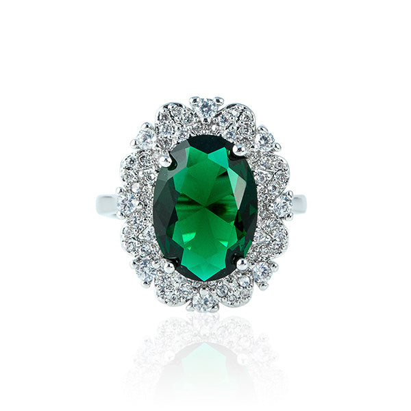 The Oval Heart Ring - Emerald