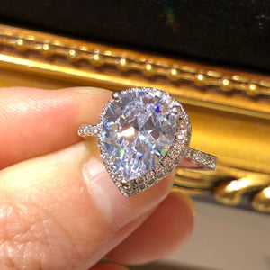 The Pear Lover Ring