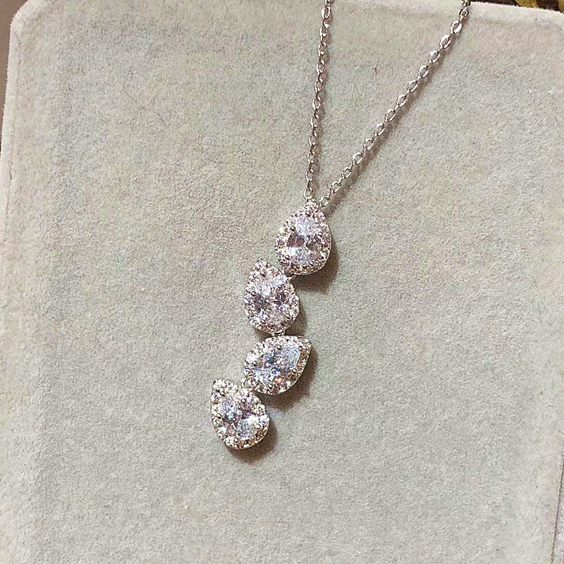 The Pure Dewdrop Necklace