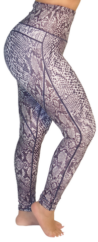 "Mama Cinch ""Ultimate Sculpt"" Yoga Pant: B&W Snake Print"