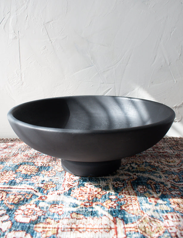BLACK PEDESTAL BOWL