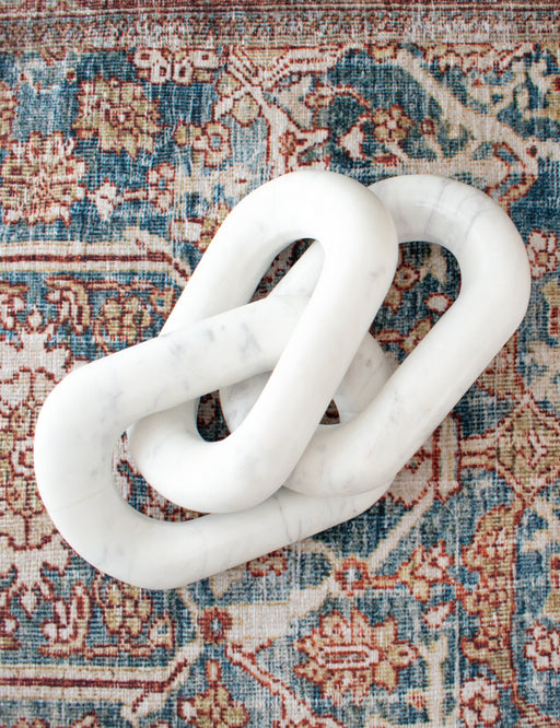 MARBLE CHAIN DECOR