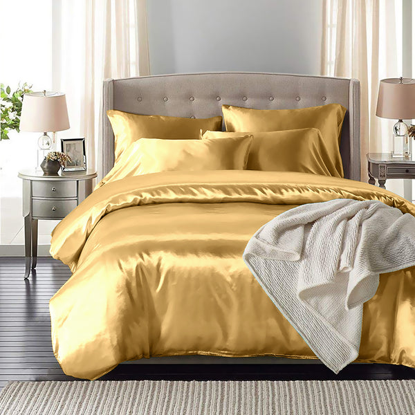 DreamZ Silk Satin Quilt Duvet Cover Set in Queen Size in Champagne Colour