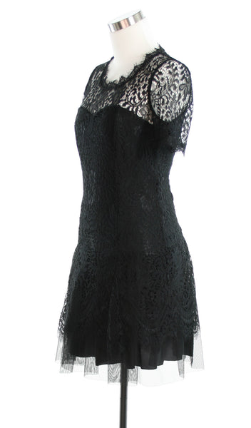 black lace dress side veiw