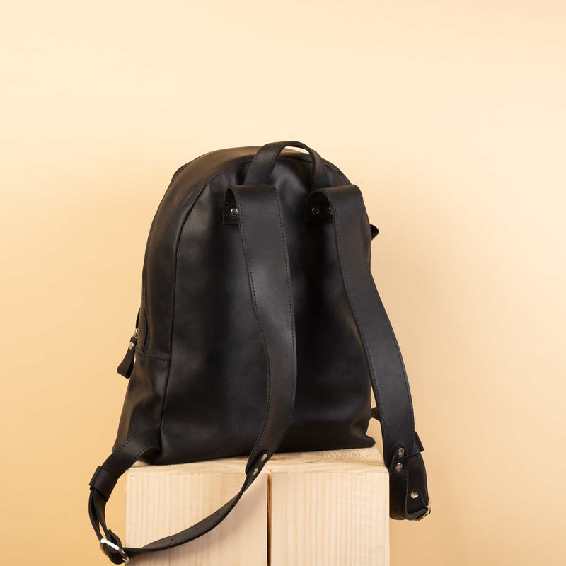 top quality Classic Rucksack with one zipper pocket