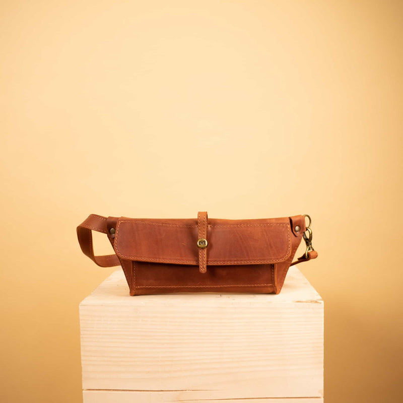 luxury bright brown Leather waist bag for woman