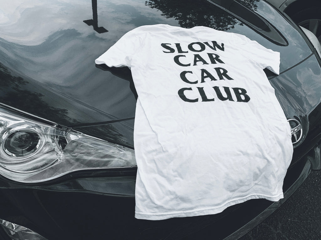 WHITE SLOW CAR CLUB TEE