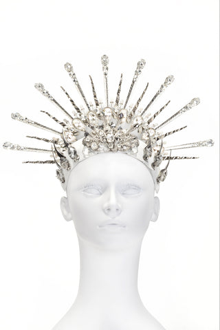 White Silver Spike Crown