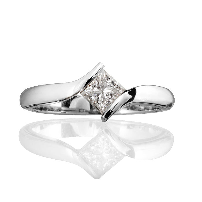 Sonata Twist Princess Cut Diamond Ring