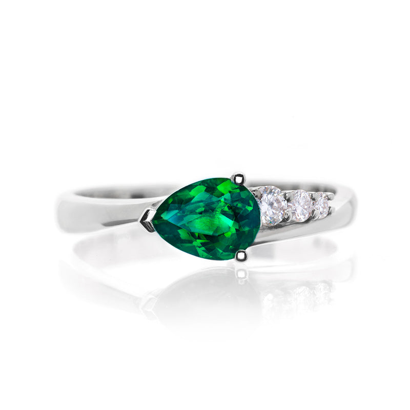 Tsavorite and Diamond Comet Ring