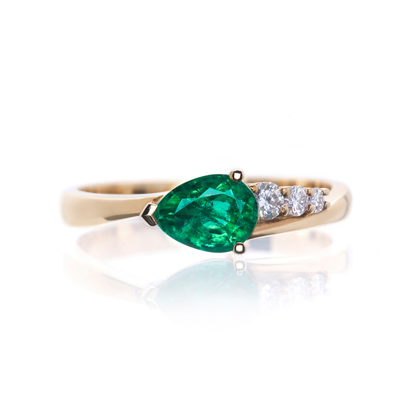 Emerald and Diamond Comet Ring