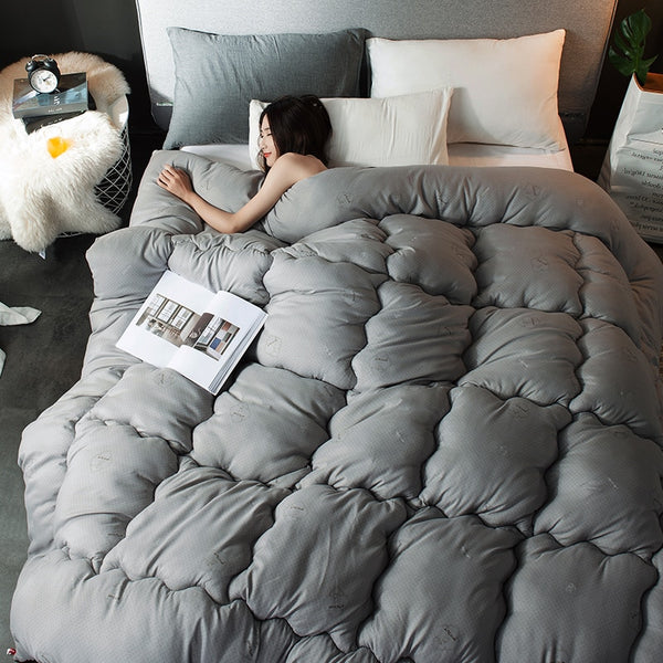 Valencia Cotton Comforter