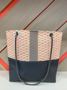 Market Tote in Blaze & Gray