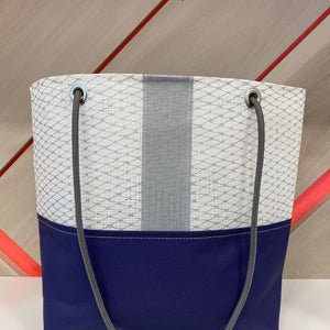 Market Tote in Silver & Navy