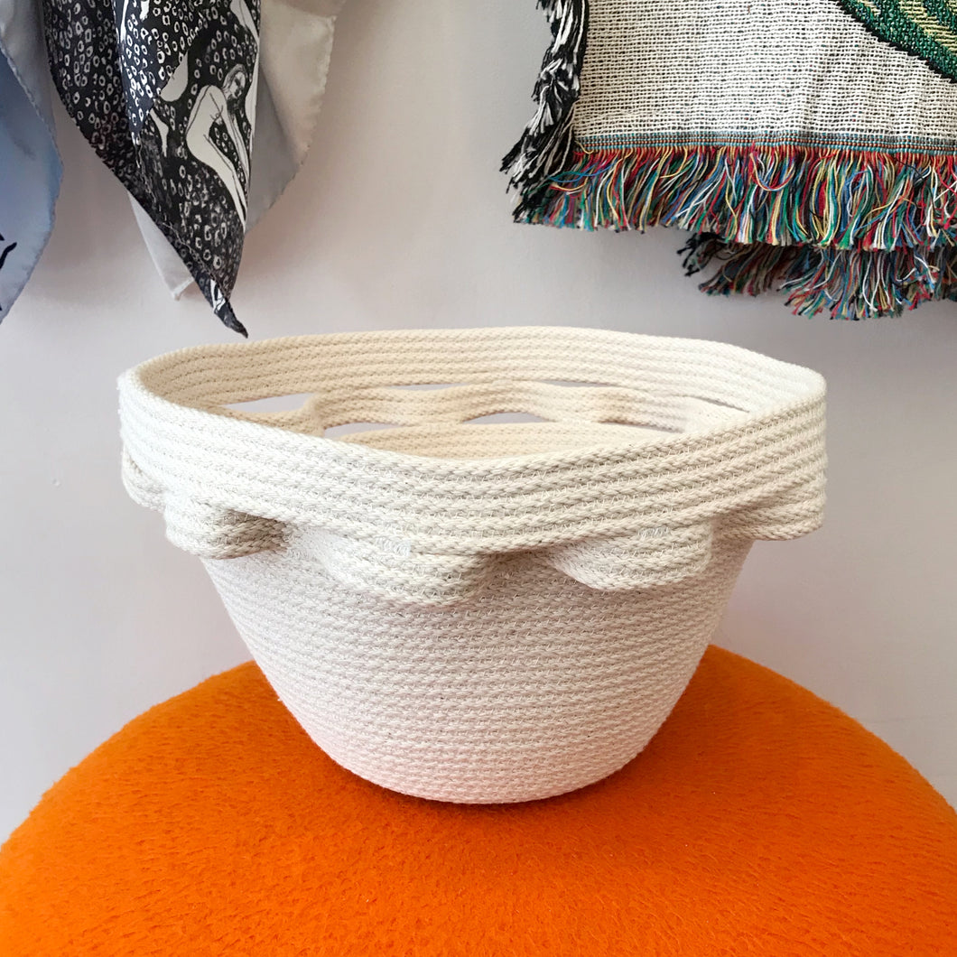 Ripple Bowl Basket