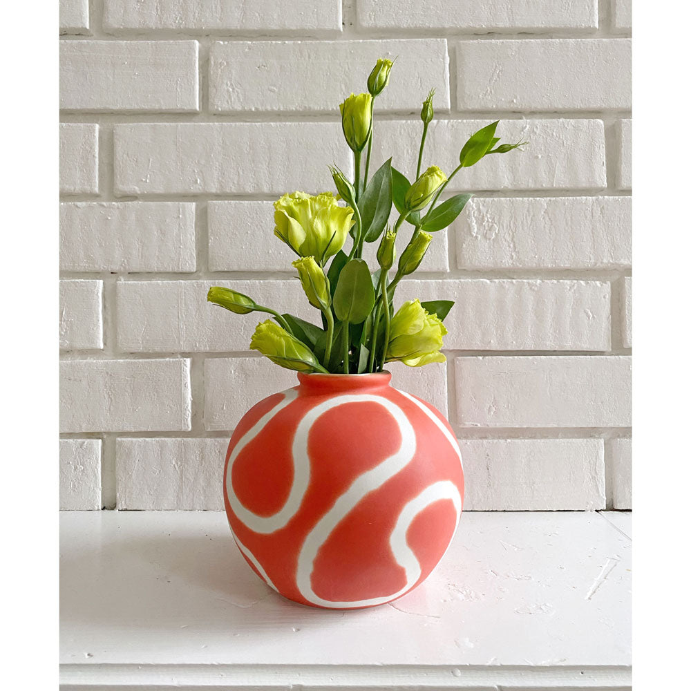 Memphis Coral Red Ring Vase