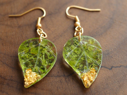 Peridot resin leaf earrings