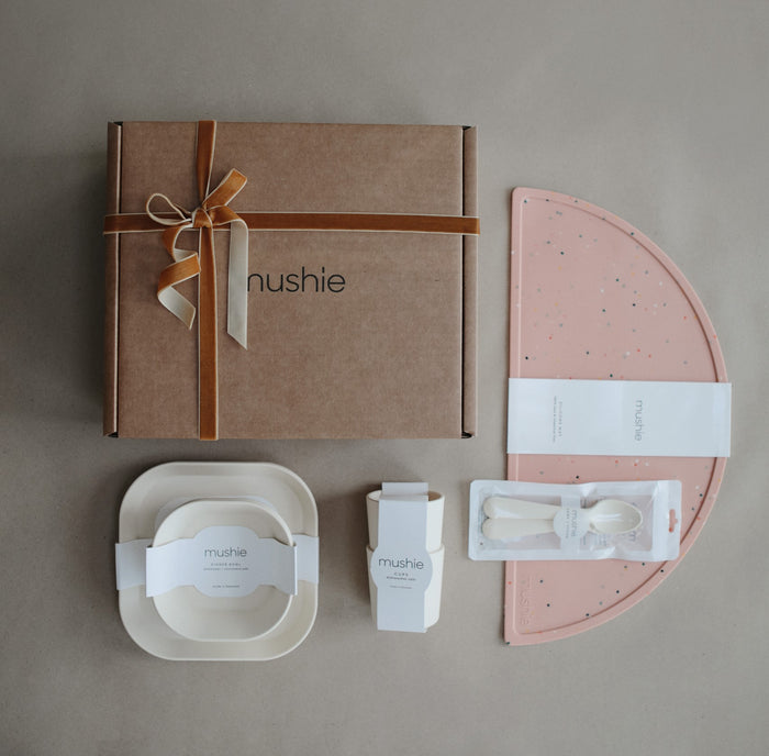 Mealtime Gift Set (Pink Confetti/Ivory)