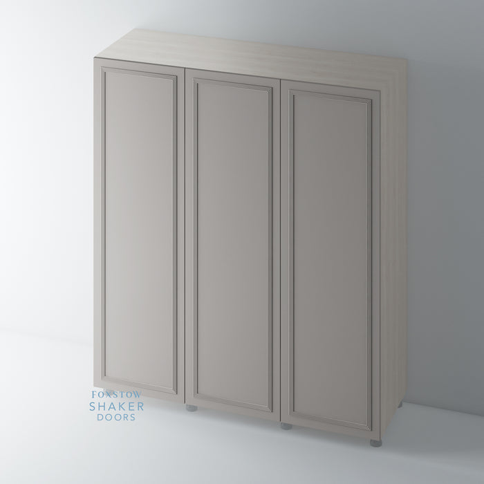 Painted, Flat Shaker Wardrobe Door with Reed Moulding