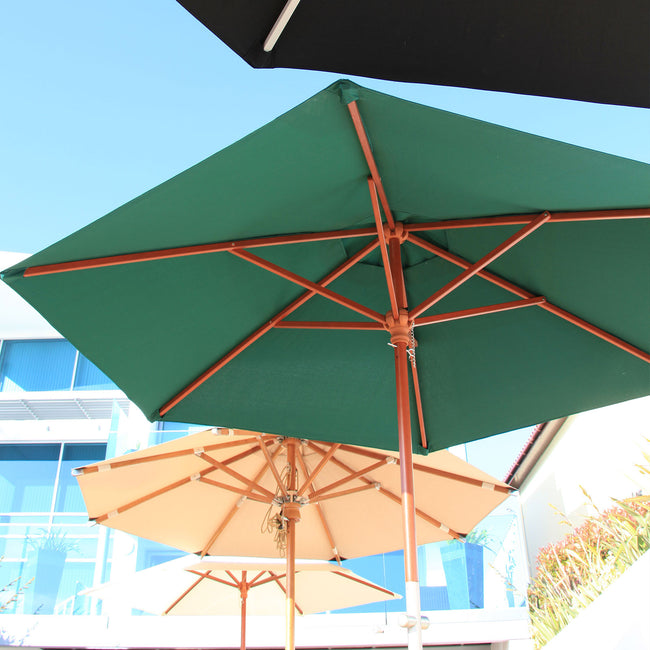 Cozy Bay 3m Round Wooden Crank Parasol - Green