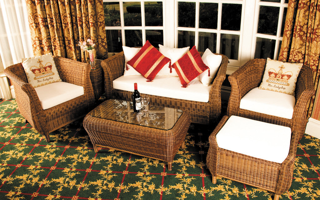 Jamaica Cozy Bay Honey Java 4 Seater Table, Chair & Footstool Set