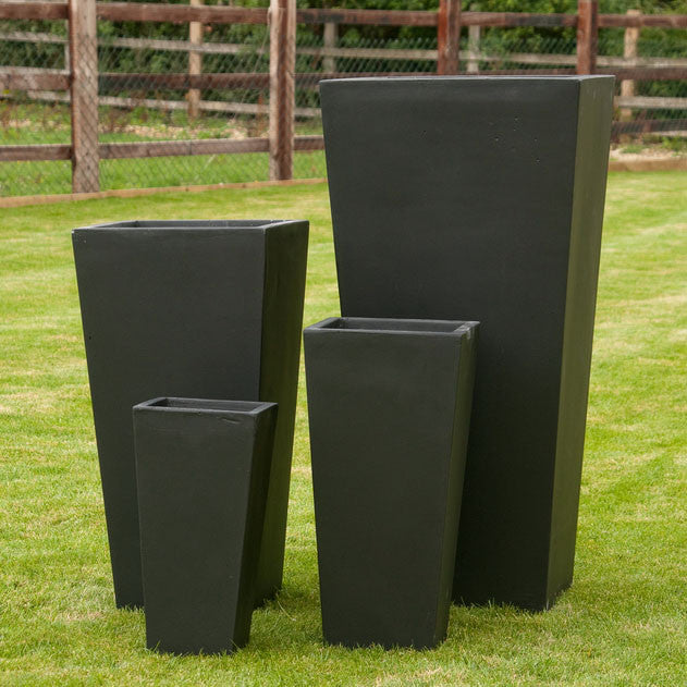 Set of 4 Fibre Clay Planters in Slate effect
