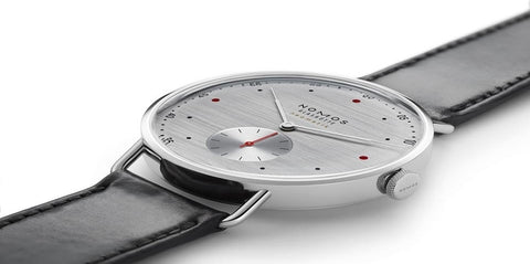 nomos-glashutte-watch-metro-neomatik-39-silvercut