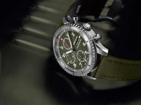 breitling-watch-aviator-8-chronograph-43-curtiss-p-40-warhawk