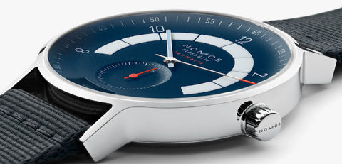 nomos-glashutte-watch-autobahn-neomatik-41-date-midnight-blue