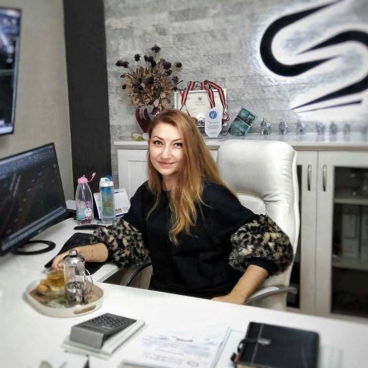 Cemre Sahin Studio is one of the best Architecture Studio in Turkey. In the picture its Founder, the beautiful Cemre Sahin