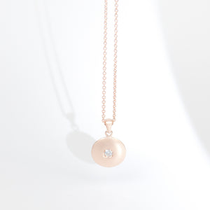 Moon Pendant in rose gold + Diamond Snack