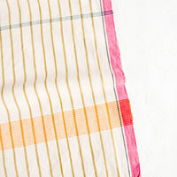 3: Cotton table runner in plaid/stripe print in a mix of bright colors