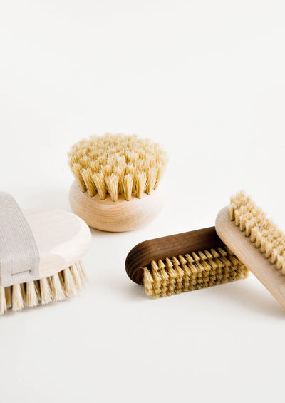 White Silk Exfoliating Brush