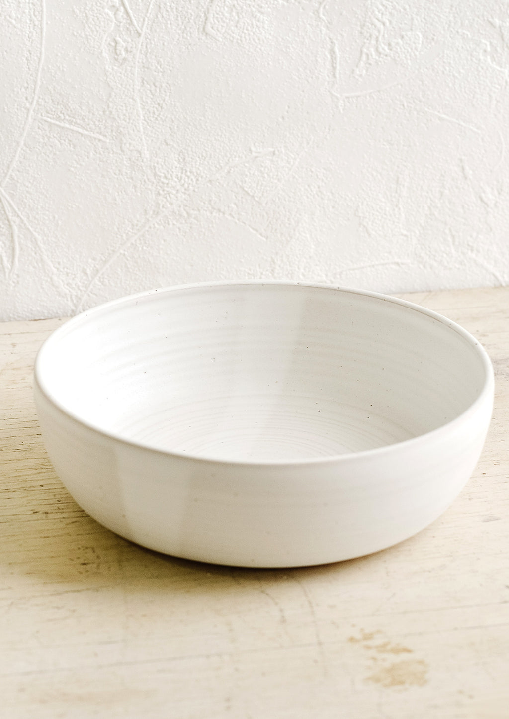 Matte White: A ceramic serving bowl in matte white.