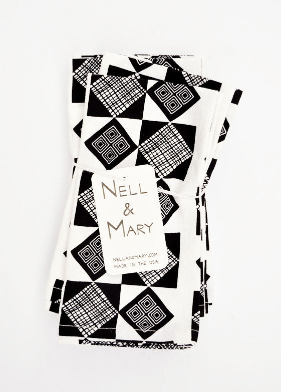 Basket Print Napkin Set