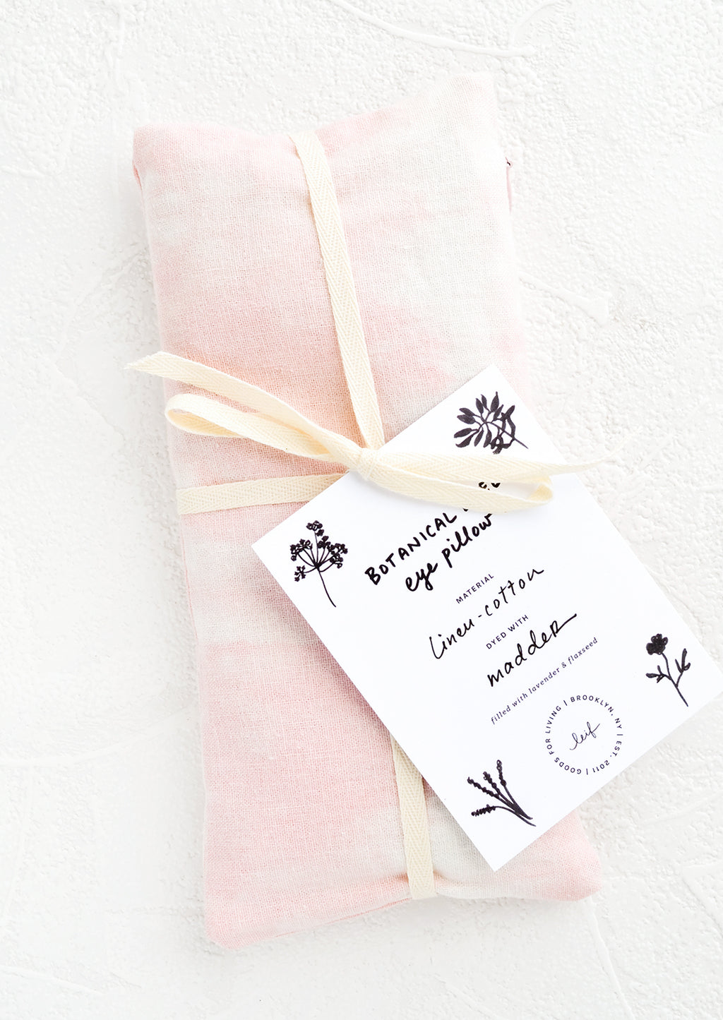 Madder: A naturally dyed relaxation eye pillow in pale pink color dyed using madder.