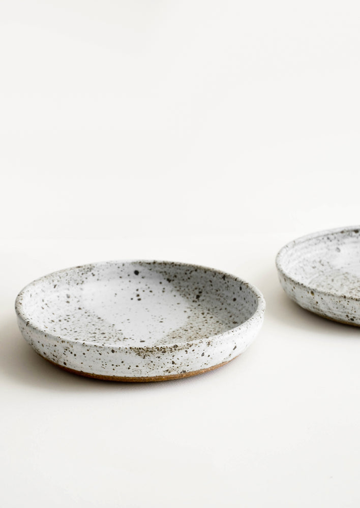 Speckled Matte Grey: Rustic Ceramic Dinner Bowl in Speckled Matte Grey - LEIF