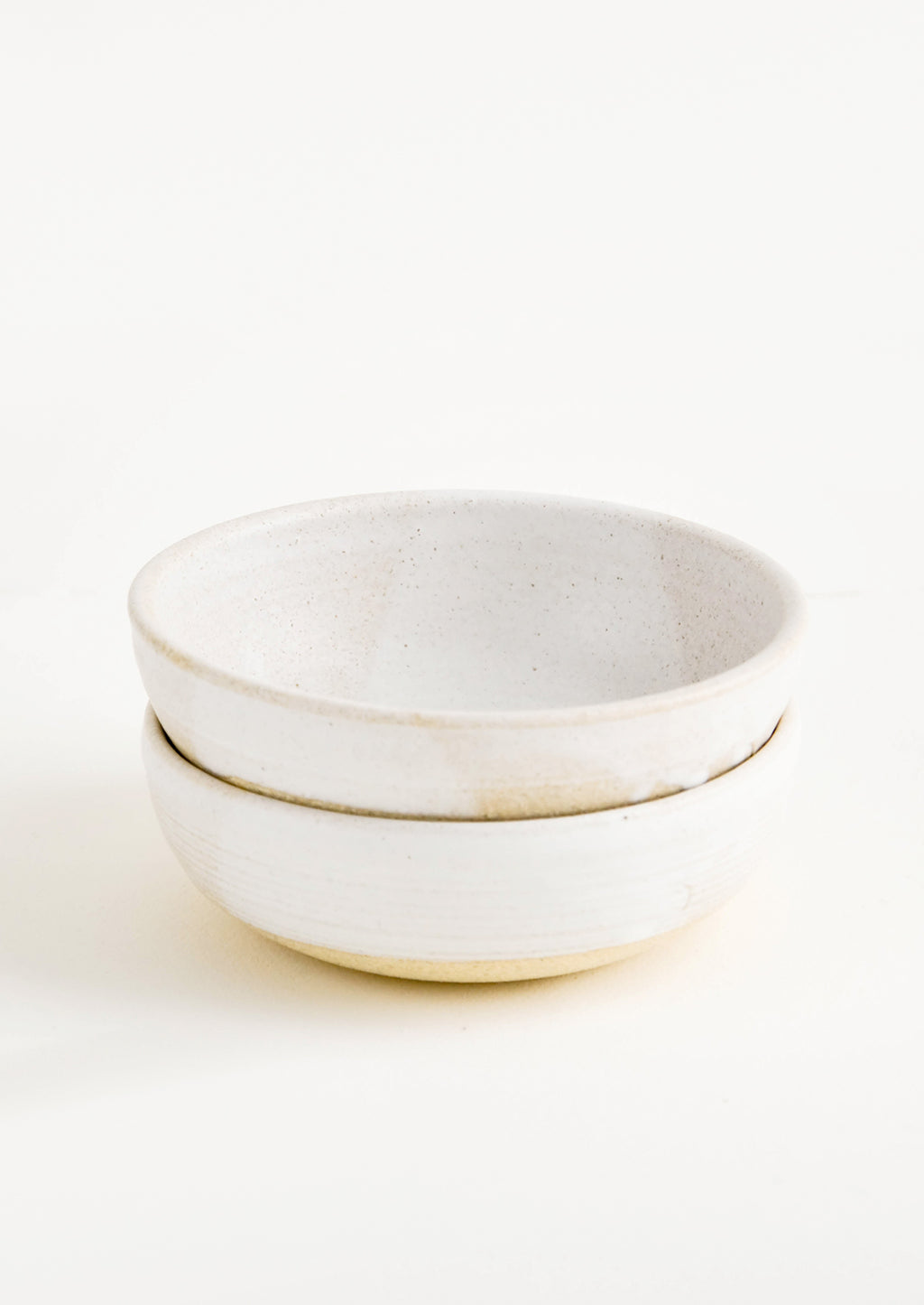 Rustic Ceramic Yogurt Bowl in Warm White - LEIF
