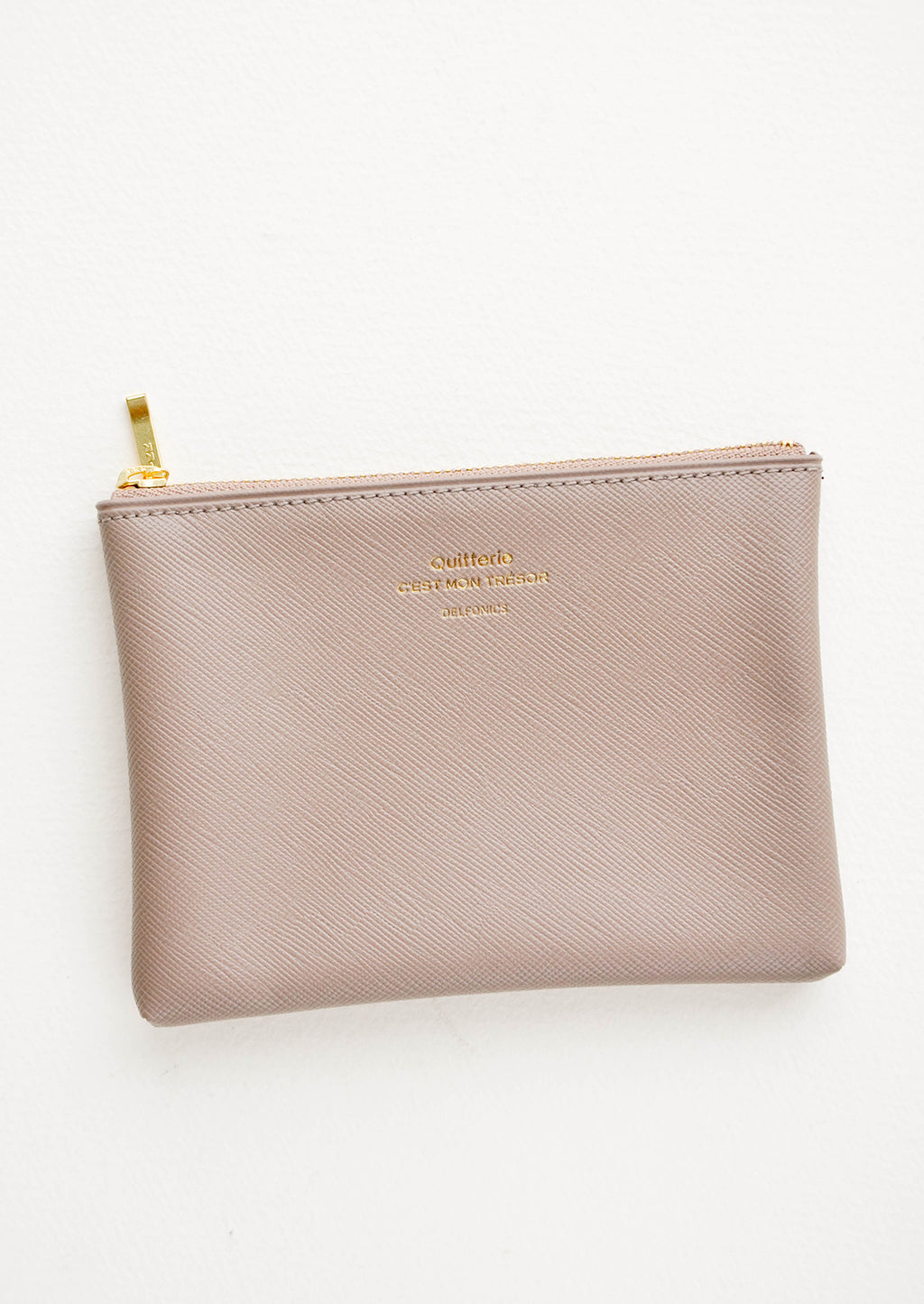 Taupe / Small: Small vinyl coin pouch with gold zipper and crosshatch texture, in grey.
