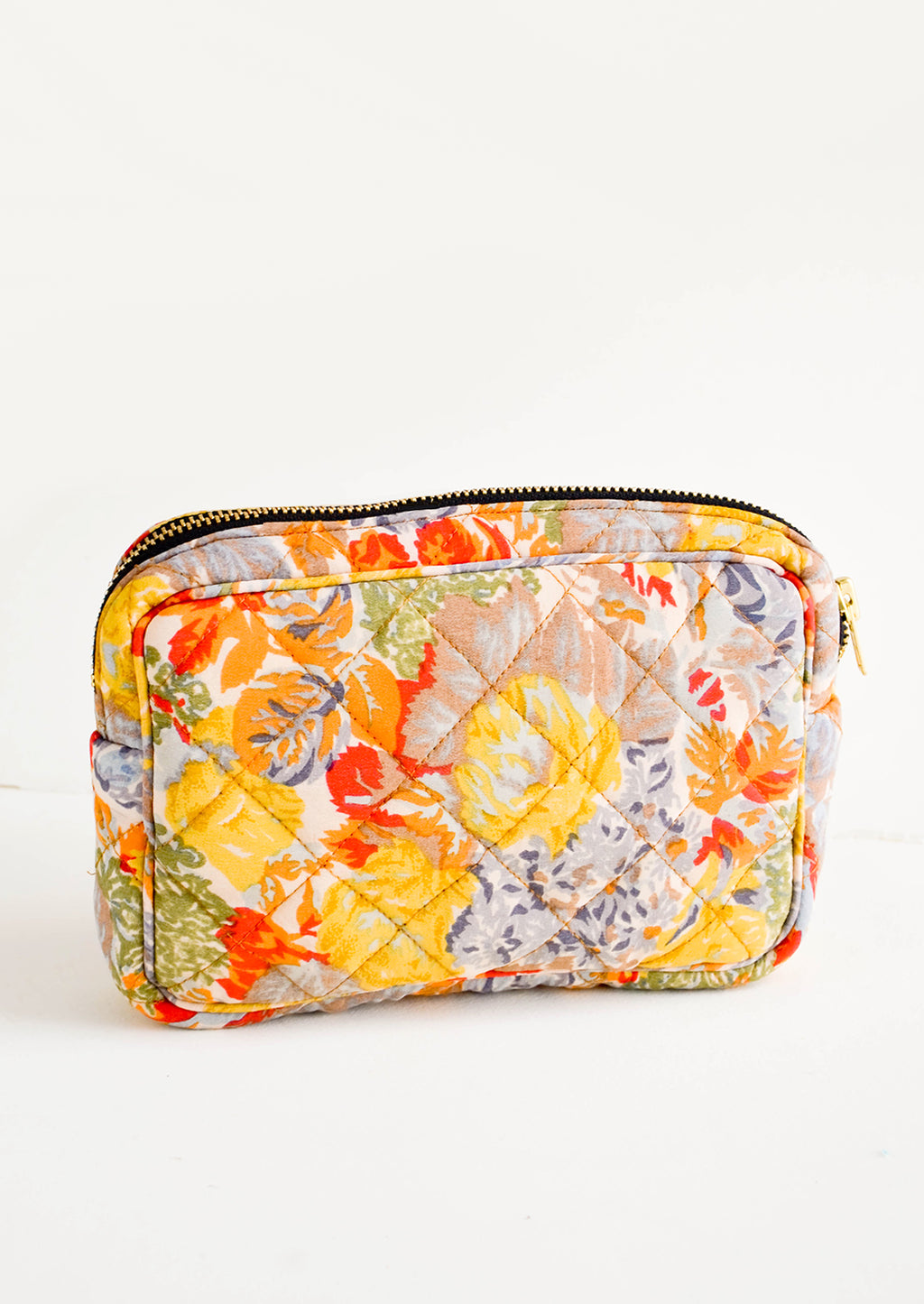 Small / Floral Multi: Flat and rectangular makeup travel bag with zip closure in colorful floral print