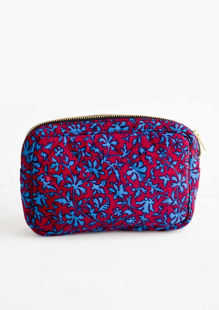 Small / Wine / Turquoise Leaf: Flat and rectangular makeup travel bag with zip closure in wine & turquoise leaf print
