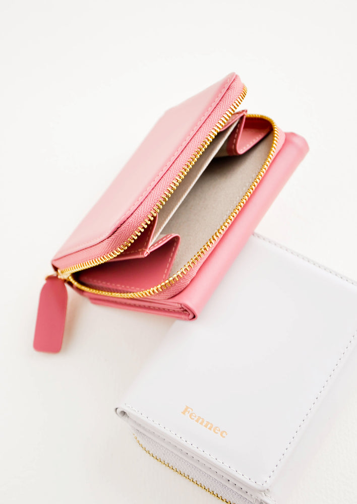 5: Product shot featuring multiple colors of wallet, showing the inside and outside.